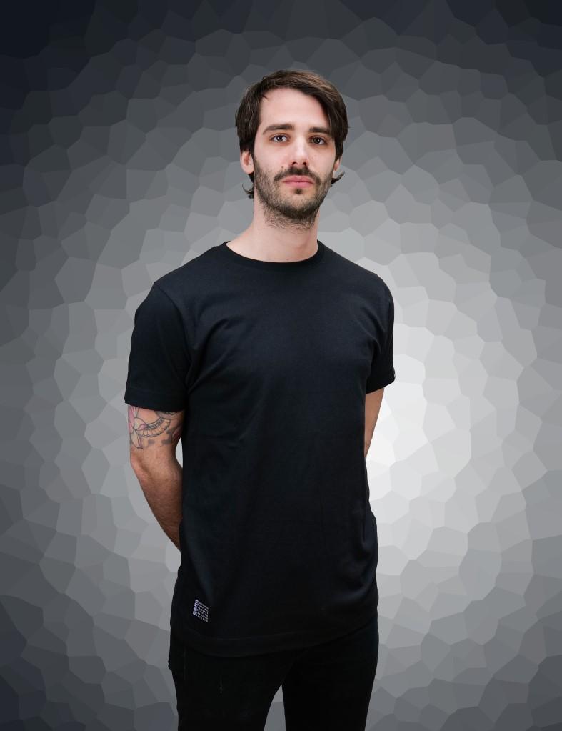 laser-black-front-daniel.jpg